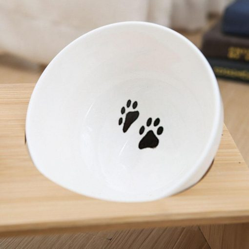 Raised dog bowls show bowls